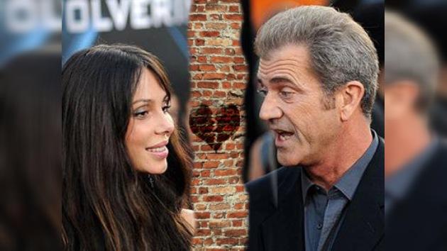 A Mel Gibson le prohíben contactar con su ex novia rusa