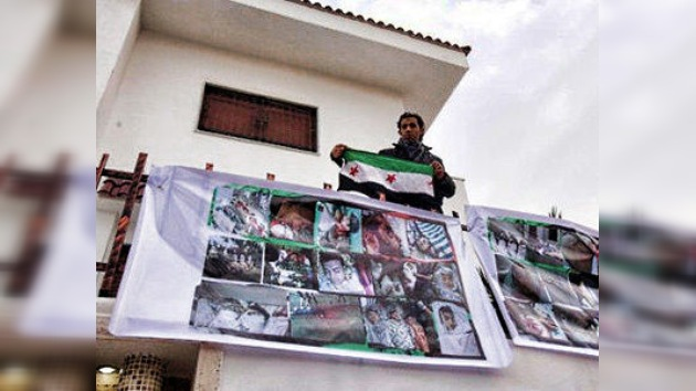 Un grupo de sirios ataca la embajada rusa en Trípoli