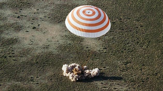 La 39º tripulación de la EEI regresa a la Tierra