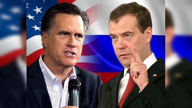 """Medvédev sobre las declaraciones de Romney: """"Esto huele a Hollywood"""""""