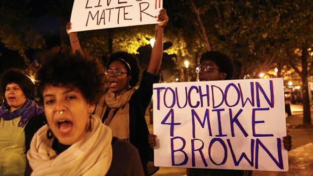 Caso Ferguson: Michael Brown fue disparado a quemarropa
