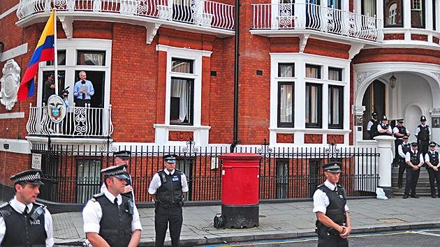 Rusia: amenaza de asalto a la Embajada del Ecuador en Londres queda fuera del marco legal