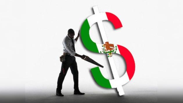 México impone restricciones al ingreso de dólares