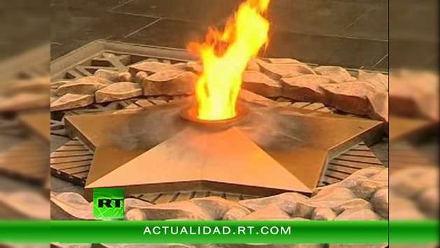 Miles de velas recuerdan que hace 70 años prendió la mecha de la Gran Guerra Patria