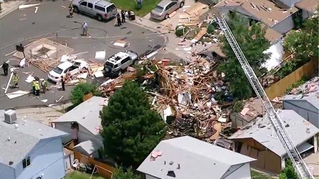 Una fuerte explosión en Colorado destruye varias viviendas