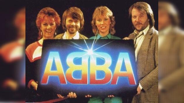 El legendario grupo ABBA intenta reunirse