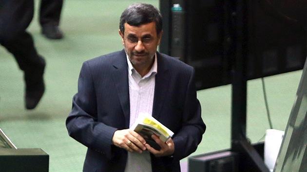 Irán se quiere 'independizar': Ahmadineyad renuncia a 'la economía del petróleo'