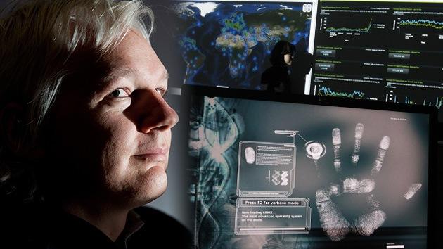 Assange desnuda las verdades de las guerras cibernéticas en su nuevo programa en RT