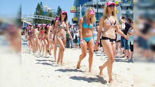 Australia le pone el bikini a 357 mujeres