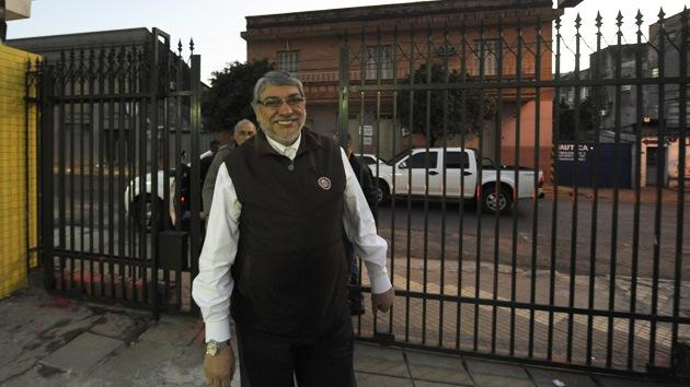 Presidente destituido de Paraguay acudirá a cortes internacionales
