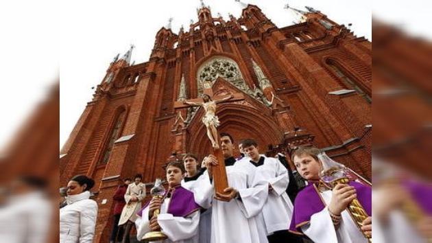 Los católicos también celebran la Pascua en Moscú