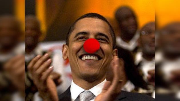 Mientras Obama bromea en español, los hispanos protestan