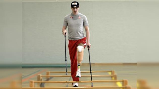 Campeón austríaco de esquí vence la adversidad y busca un lugar en Sochi 2014