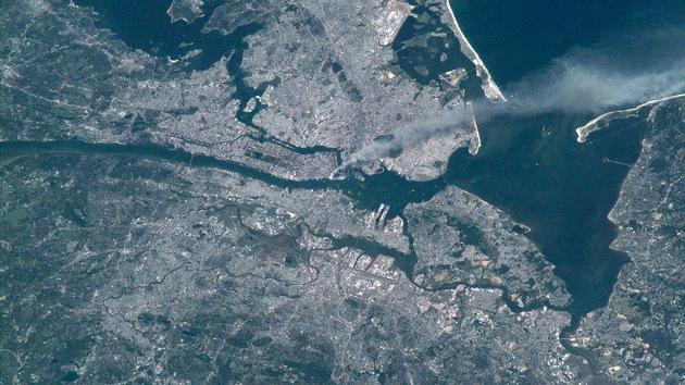 Video: Anticipo de una grabación jamás emitida del 11-S visto desde el espacio