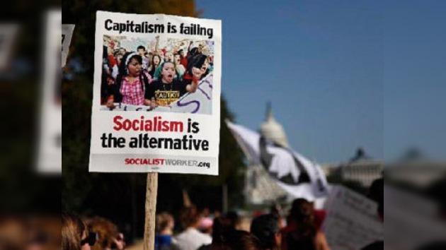 Los indignados de EE. UU. cruzan el umbral del Capitolio... y de las casas embargadas