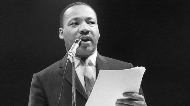 """Solo hay una salida para ti, bestia"": difunden la carta del FBI a Martin Luther King"