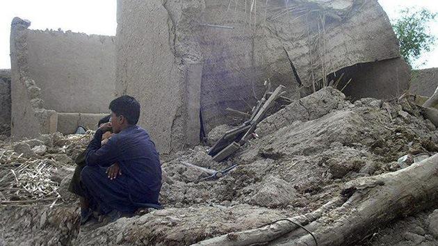 Ascienden a 515 los muertos por el terremoto en Pakistán