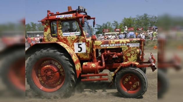 Lucha de tractores en el sur de Rusia