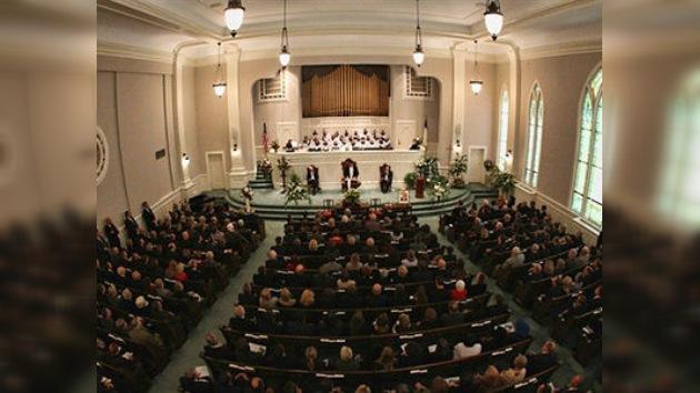 Iglesia Presbiteriana en EE. UU. acepta ordenación de homosexuales
