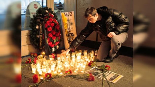 Día oficial de luto: Moscú deplora las víctimas de Domodédovo