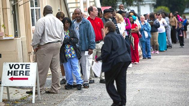 Las colas dejaron en 2012 a más de 200.000 electores de Florida con las ganas de votar