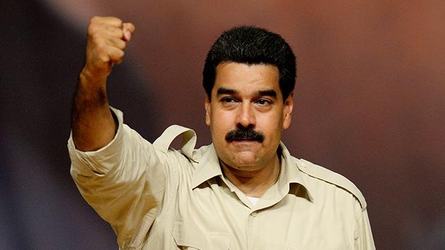 """Maduro reclama """"poderes especiales"""" para atajar la corrupción que """"se traga la patria"""""""