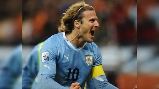 Forlán es el máximo goleador histórico de Uruguay