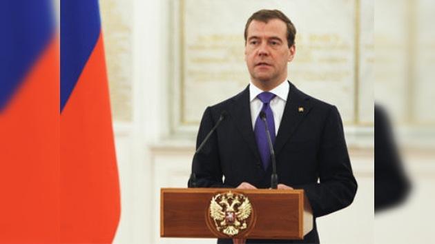 Medvédev previene a Occidente para que no se tomen decisiones precipitadas sobre Siria