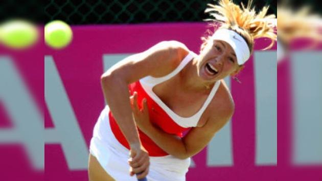 Sharápova clasifica a cuartos de final del torneo de Estrasburgo