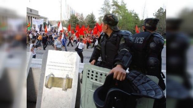 Moscú niega tener vínculos con la tensión en Kirguistán