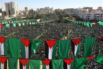 Gaza se manifiesta en pro del radicalismo de Hamás