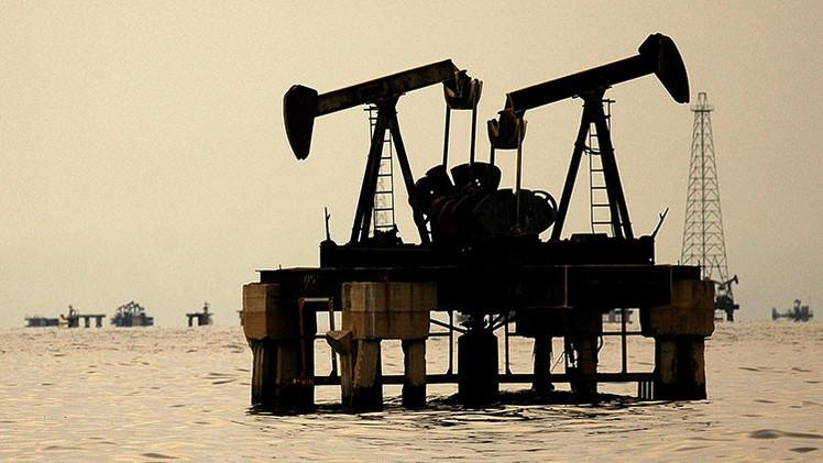 OPEP o EE.UU.: ¿quién será el primero en reducir la producción de petróleo?