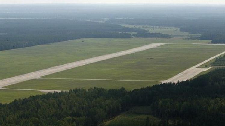 """""""La CIA me pagó"""": exgerente revela cómo un aeropuerto polaco recibía presos torturados"""