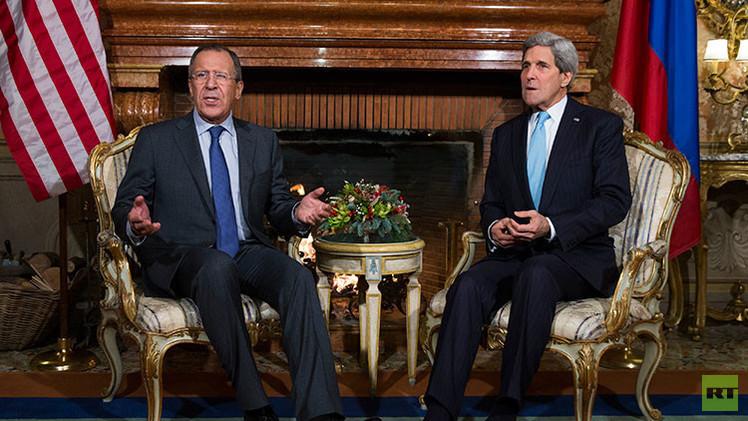 "Lavrov a Kerry: ""Es inviable presionar a Rusia"""