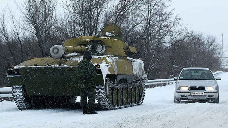 OSCE: En Ucrania las autodefensas retiran el armamento pesado en la región de Donbass