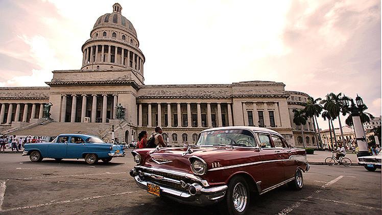 EE.UU. inicia conversaciones con Cuba para normalizar las relaciones diplomáticas