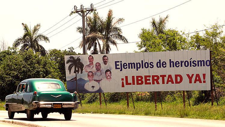 Ponen en libertad a los tres cubanos de los 'cinco' que permanecían recluidos a cambio de Gross