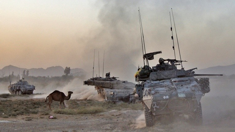 EE.UU. modernizará el Ejercito ucraniano con transporte militar usado