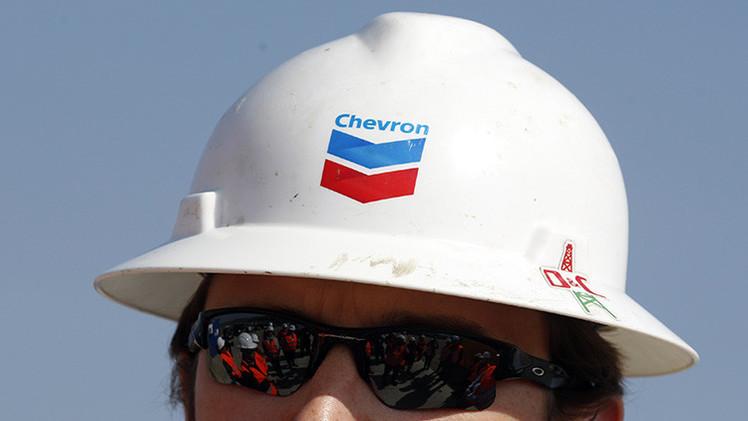 La petrolera Chevron suspende un gran proyecto en el Ártico por los precios del crudo