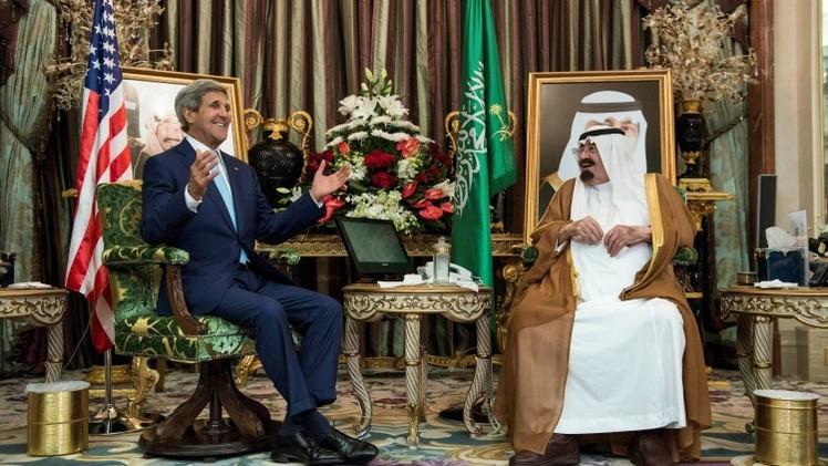 """""""EE.UU. y Arabia Saudita hunden el precio de petróleo para dañar a Rusia"""""""