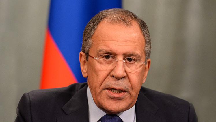 Lavrov advirtió a Kerry que las sanciones podrían socavar el diálogo entre EE.UU. y Rusia