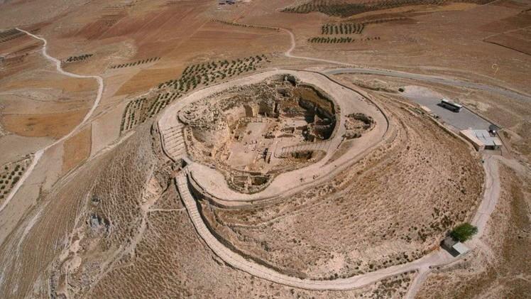 Arqueólogos descubren una entrada oculta del palacio del rey Herodes el Grande