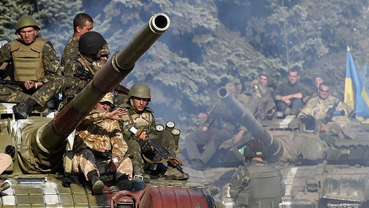 Ucrania anuncia tres oleadas de reclutamiento para 2015