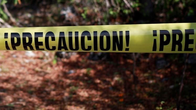México: Hallan dos cuerpos y 15 posibles fosas comunes en Iguala