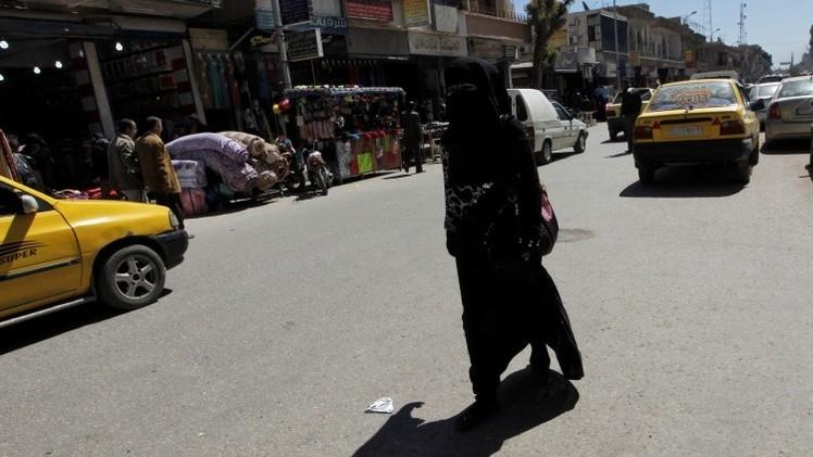"""Antigua rockera promete a las jóvenes una """"vida estupenda"""" en el Estado Islámico"""