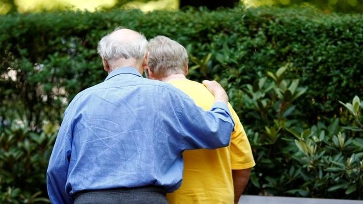 Reino Unido: Una pareja mayor, a punto de ser separada tras 50 años de matrimonio