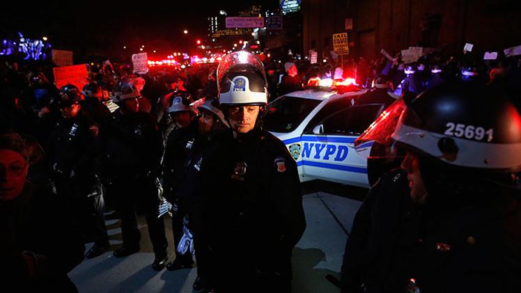 El asesino de los dos policías de Nueva York dijo a dos peatones que lo siguieran en Instagram