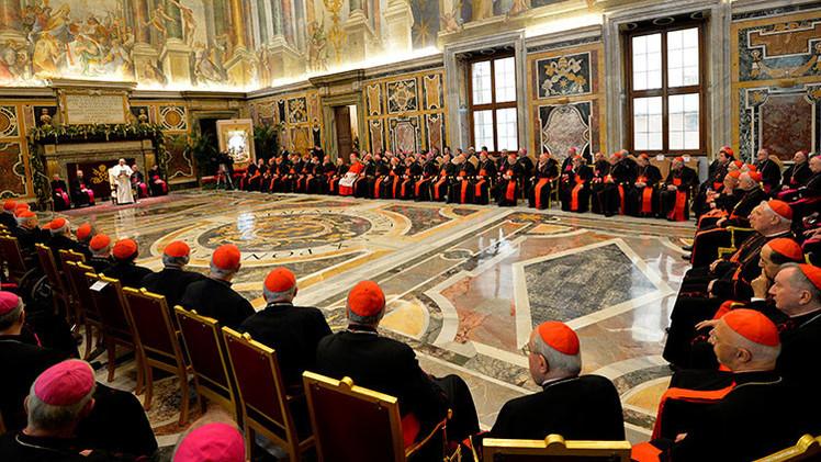 "El papa Francisco advierte a los líderes del Vaticano sobre el ""Alzheimer espiritual"""