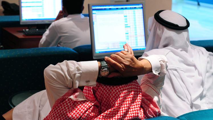 Precio del petróleo: Arabia Saudita podría quemarse víctima de su propio 'juego'