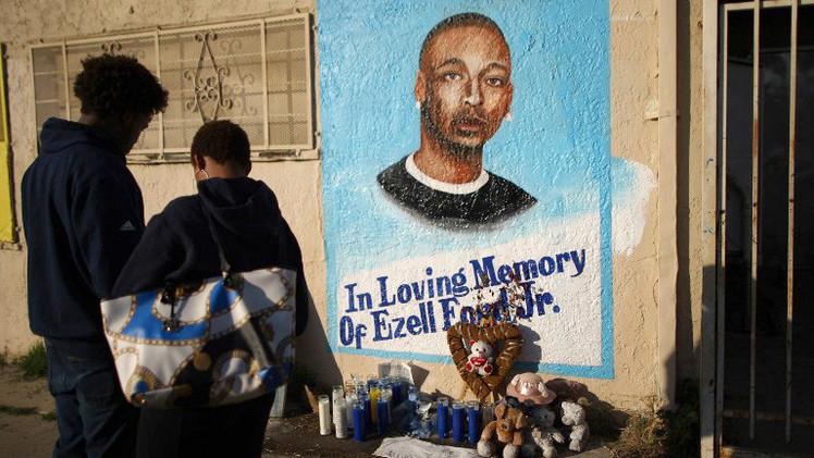 EE.UU.: El afroamericano enfermo mental fue disparado por la policía en la espalda